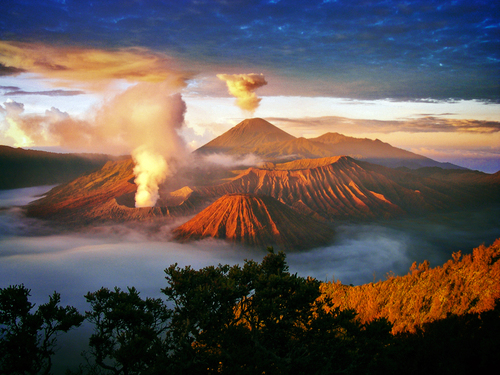 Sunrise on the top Bromo